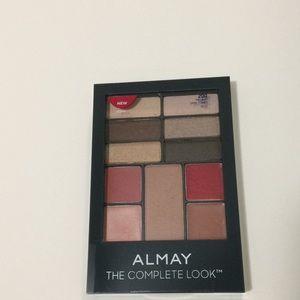Almay The complete Look #200 Eyeshadow NWT